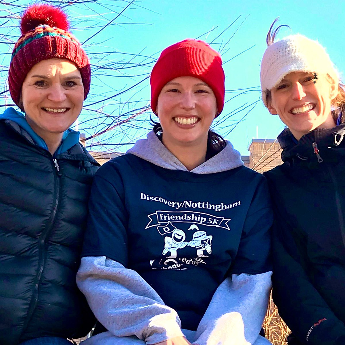 Discovery/Nottingham peeps gettin' their run at the Friendship 5K.  Brrrr, it's cold out there ❄️ <a target='_blank' href='http://twitter.com/APSMcKCardinals'>@APSMcKCardinals</a> <a target='_blank' href='http://twitter.com/DiscoveryESPTA'>@DiscoveryESPTA</a> <a target='_blank' href='http://twitter.com/NottinghamPTA'>@NottinghamPTA</a> <a target='_blank' href='http://twitter.com/RussoErin'>@RussoErin</a> <a target='_blank' href='http://twitter.com/EGardnerAPS'>@EGardnerAPS</a> <a target='_blank' href='http://twitter.com/MrsMeganLynch'>@MrsMeganLynch</a> <a target='_blank' href='https://t.co/PFq8AvtViI'>https://t.co/PFq8AvtViI</a>
