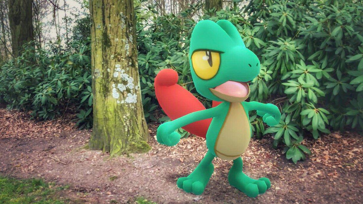 Shiny Treecko!!  #PokemonGO #PokemonGOCommunityDay #Treecko<br>http://pic.twitter.com/OQpiCqVxYM