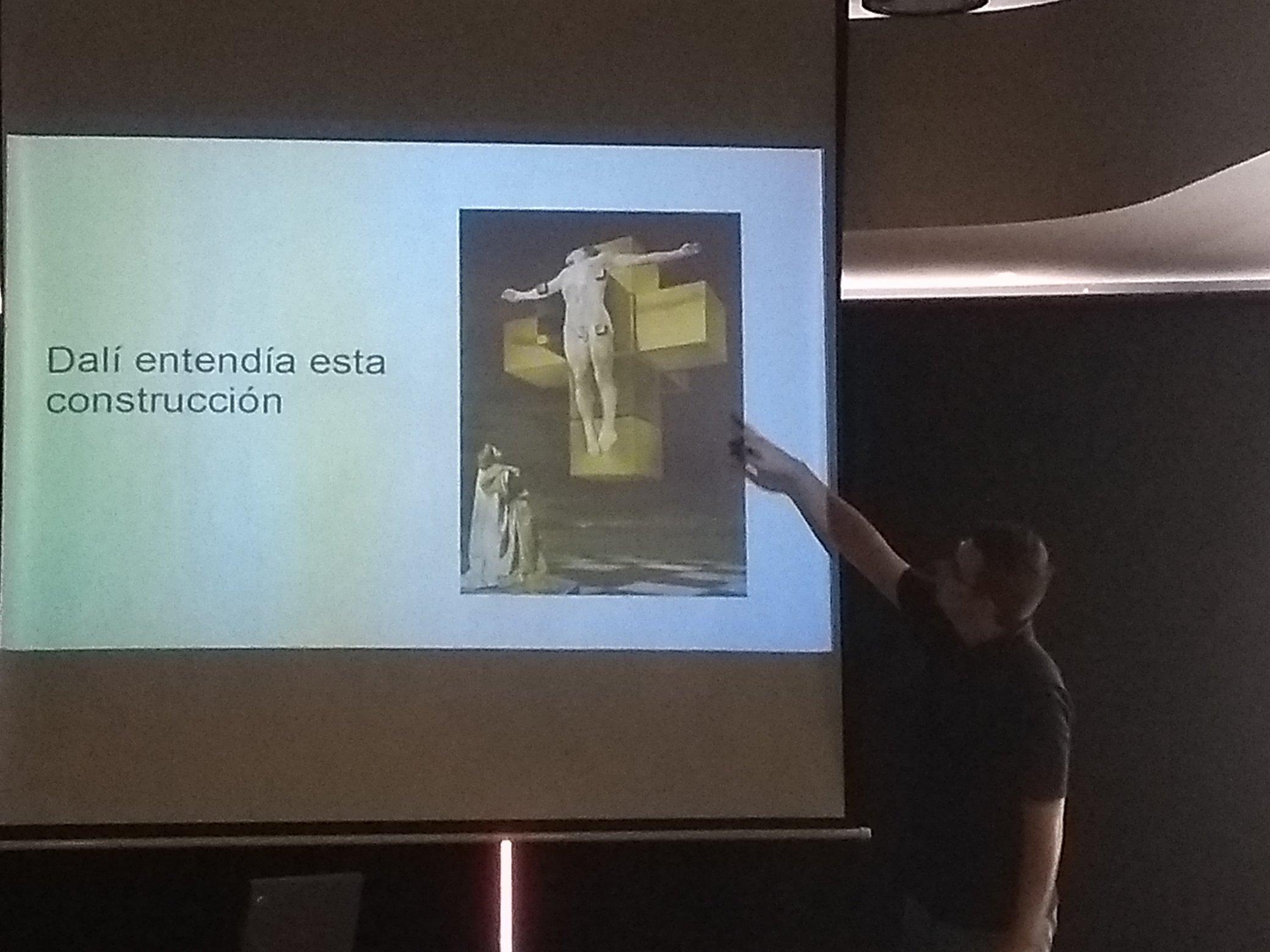 Obra crucifixión de Dalí, con Jesucristo en un hipercubo (teseracto).