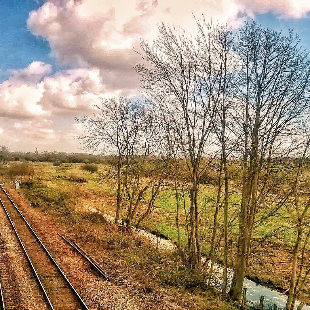 Thorpe marshes  Norfolk.  @Official_WXUK @ChrisPage90 @bbcweather @metoffice @itvweather @BBCLookEast @TheSnowDreamer @London #StormHour #ballsphotos #Photography #Norfolk #POTW #photography #spring #norfolkbroads