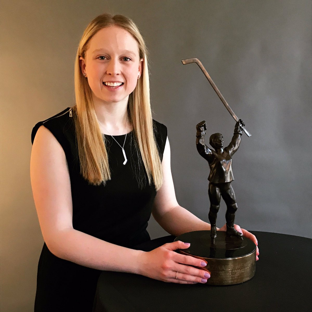 Your 2019 #PattyKaz Memorial Award winner, @lgabel9! 👏