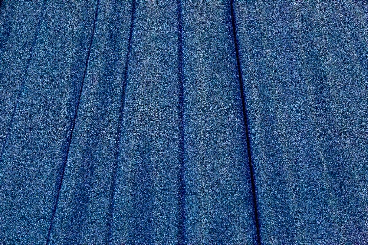Aparte de proteger tu piel de los rayos UV, nuestras telas Columbia permiten que el sudor de tu cuerpo se traspase a la tela y se evapore de manera rápida.  #ATuMedida #Columbia #Cortitelas #Telas #LoMejorenTelas #ModaHonduras #FashionHonduras #ImaginaTodoloquePuedesCrear