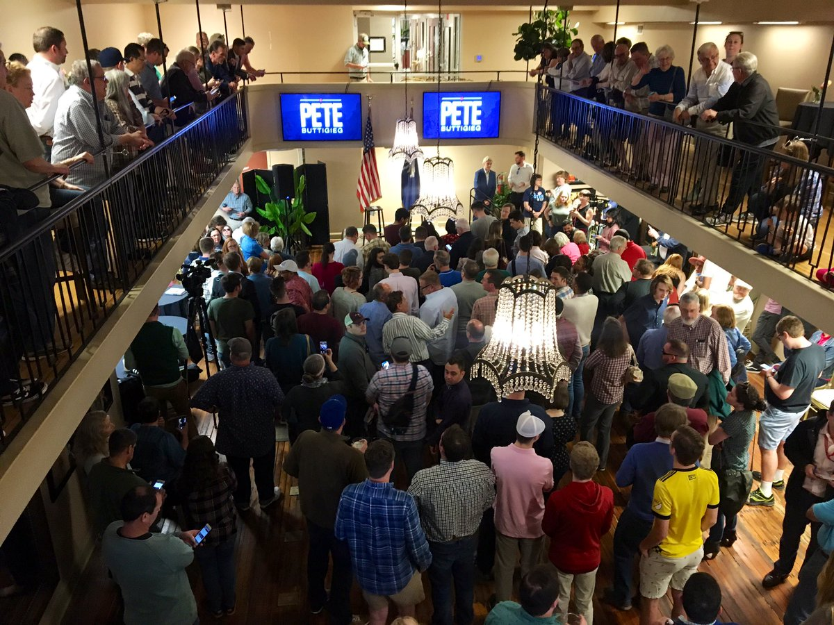 Big crowd gathered in Columbia for @PeteButtigieg who visited Greenville earlier today #SC2020