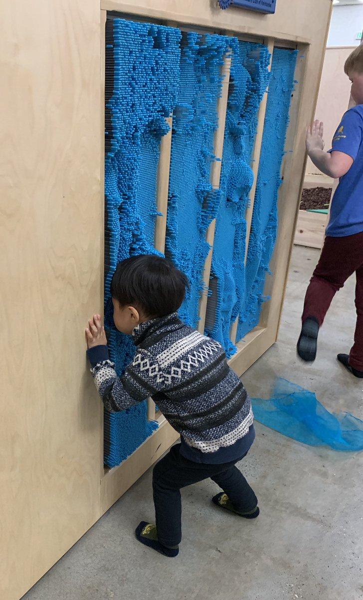 先生の制作過程 #Fairbanks #フェアバンクス #子ども