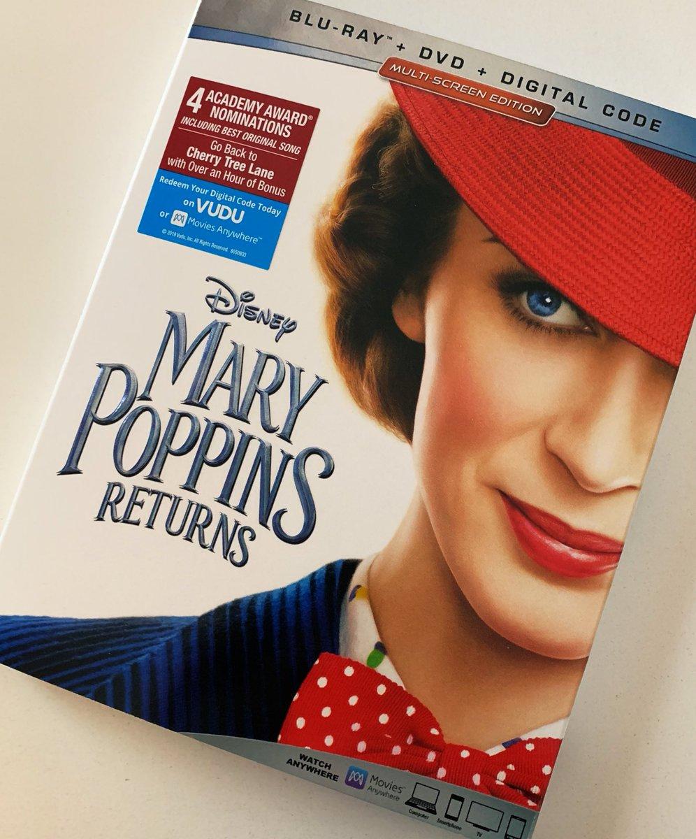 Movie Night! @Disney #MaryPoppinsReturns #EmilyBlunt
