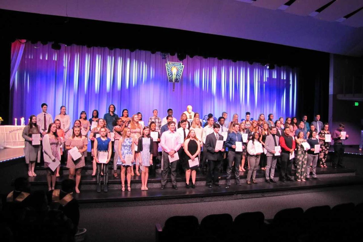 Congrats to the newest National Honor Society inductees at Michigan City High School!  <a href='https://t.co/8AySh2gFYt ' class='extra' target='blank'><i class='material-icons mdl-color-text--grey-400'>image</i></a><a href='https://t.co/hdoHfxsSw5' class='extra' target='blank'><i class='material-icons mdl-color-text--grey-400'>image</i></a>