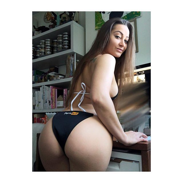 RT @akaDaniDaniels: Uploading new vids for you to @pornhub like... 😏 #phworthy https://t.co/2BDkFMrRkO https://t.co/DY29guEVsO
