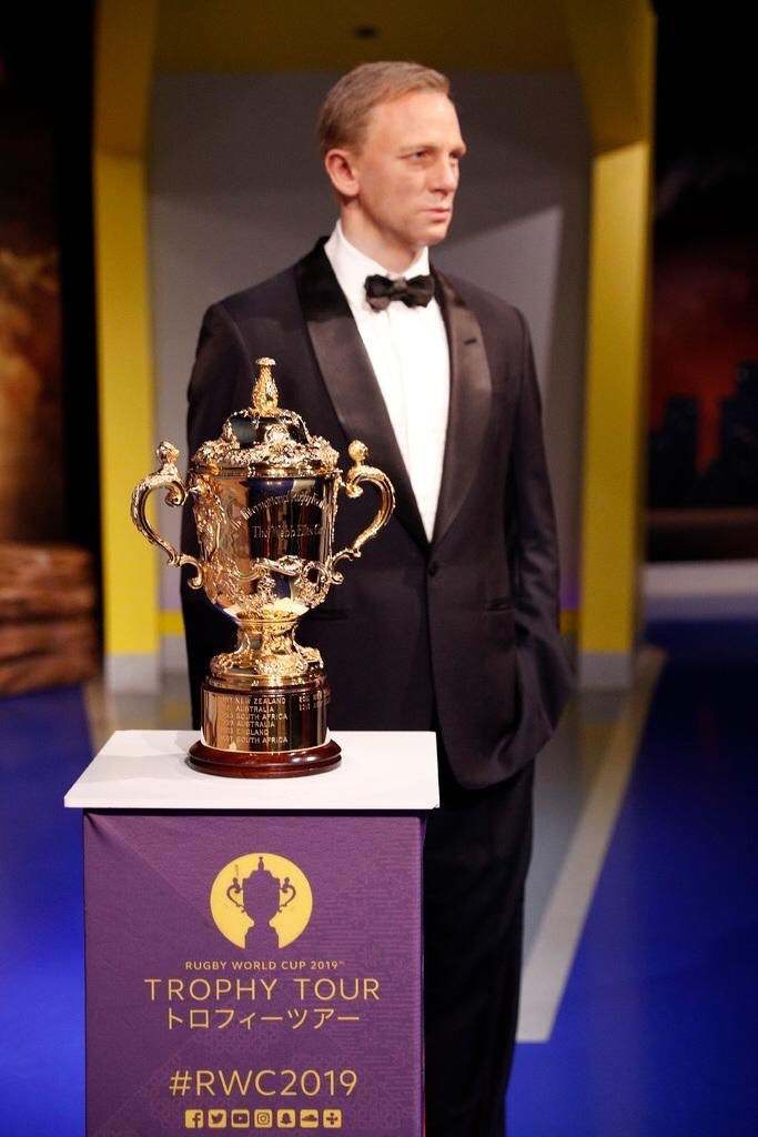 test Twitter Media - Great to have the Webb Ellis Cup at Madame Tussauds as #RWC2019 trophy tour continues its journey of the USA https://t.co/wi6ssSDEic