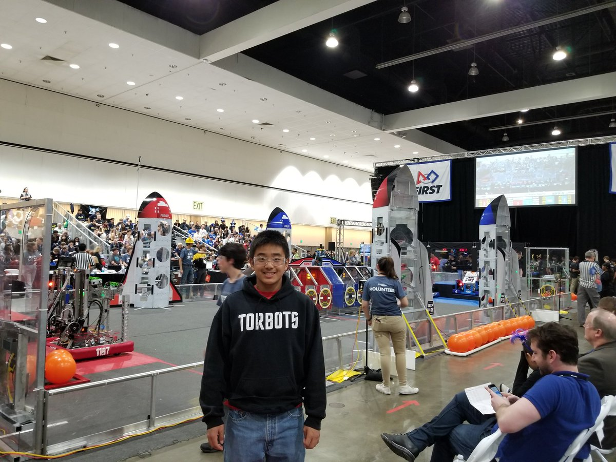 Super stoked the #Torrance South High Robotics team, of which our son is the software lead, made the playoffs at the @FIRSTweets robotics competition in the Los Angeles regionals! Go @1197TorBots.<br>http://pic.twitter.com/cnqEvjMMN7