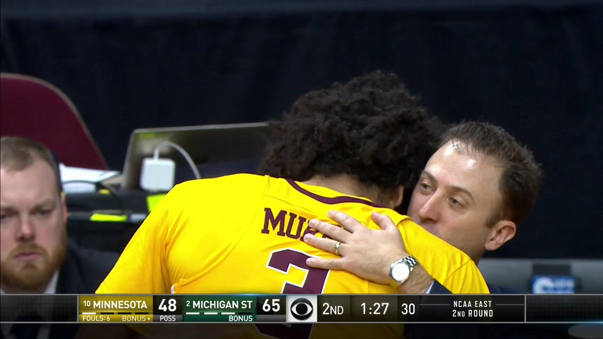 Take a bow, Jordan Murphy 👏  (via @marchmadness)