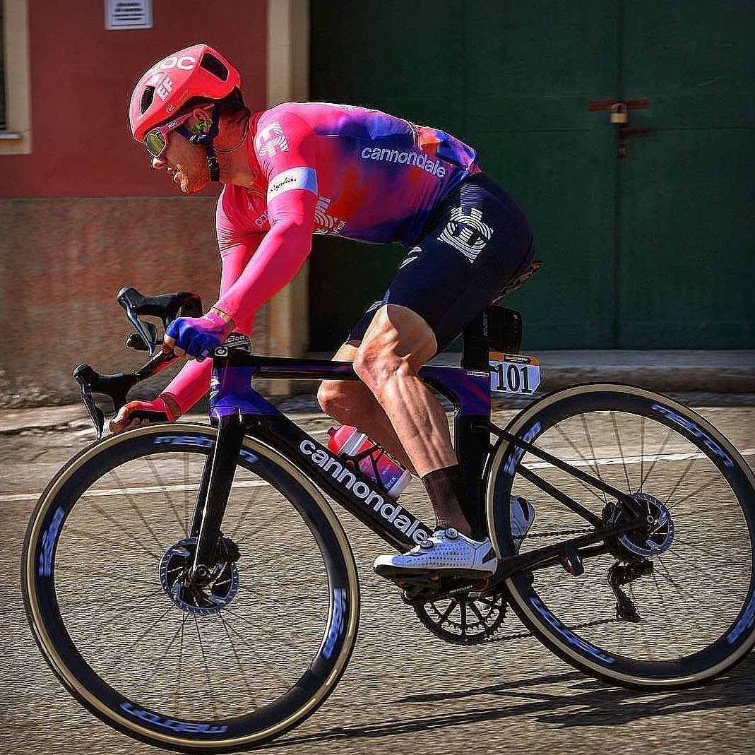 Milan- San Remo is always a very special race. Last year I went home in the back of an ambulance with a broken back and today I managed to crack a top 10 in pretty cool company!  @EFprocycling #exploretheworld  @cannondaleroad  #SystemSix  @vision_tech_usa  @gaerneofficial <br>http://pic.twitter.com/du6yFrTcay
