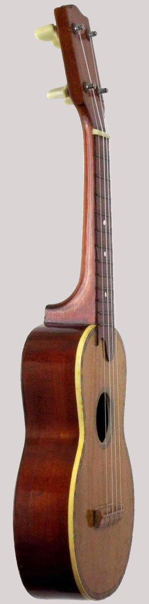 1970's skylark Soprano Ukulele made in the peoples democratic republic of China