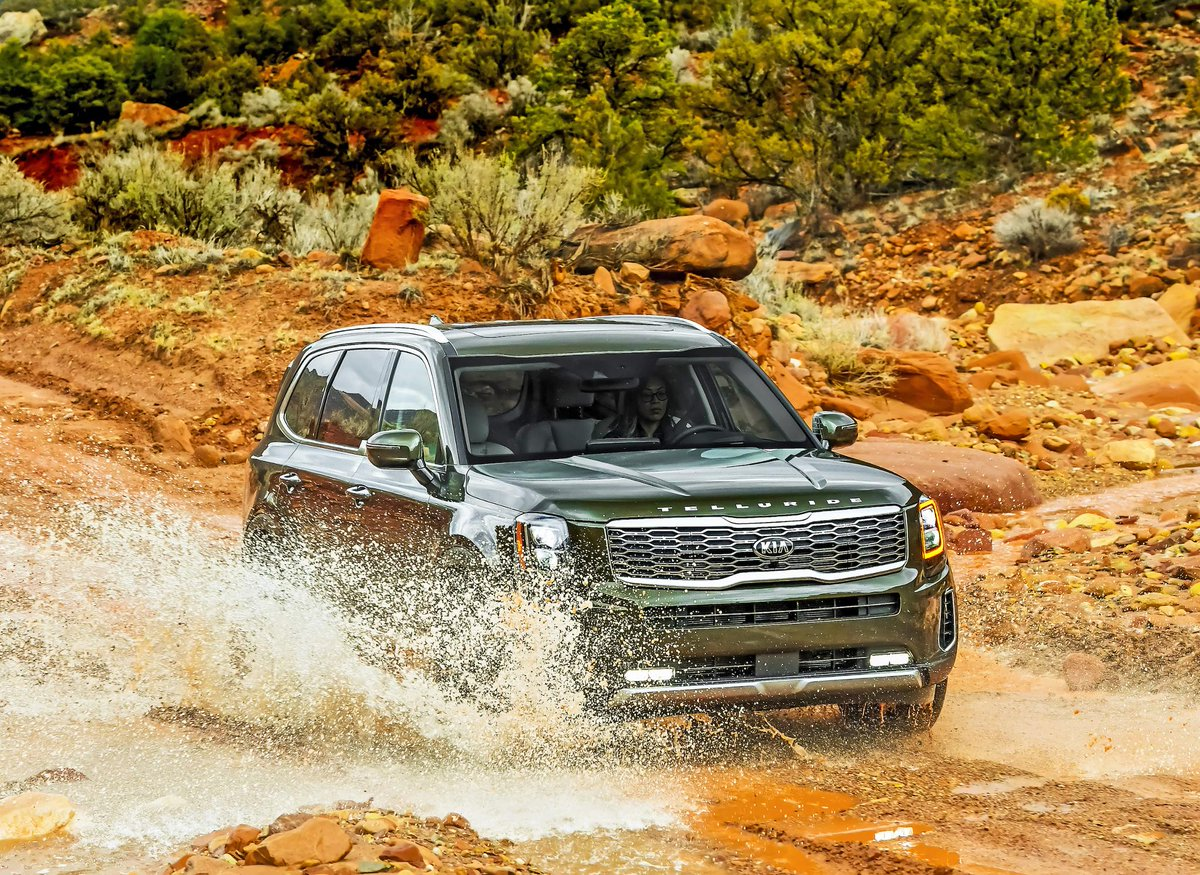 Adventure requires a dash of Telluride. #KiaTelluride  http://bit.ly/2FyDWc1