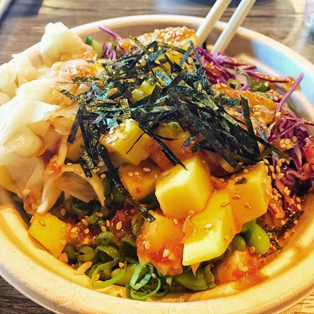 Went to @yumpokespot today in Avl and had the organic tofu bowl with all the yummy toppings. I would consider going back it's pretty much like a glorified salad. I wish they would have done more with the tofu. #pokebowl #veganpoke #veganavl #avl http://bit.ly/2HR36DV pic.twitter.com/KXumaDwgBm