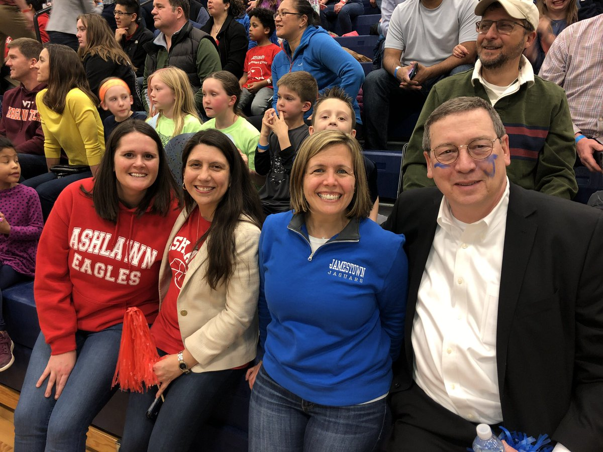 <a target='_blank' href='http://twitter.com/ReidForSchools'>@ReidForSchools</a> thanks so much for coming to the Jamestown vs. <a target='_blank' href='http://twitter.com/Ashlawneagles'>@Ashlawneagles</a> staff basketball game and showing your spirit for both teams. It was a fun evening.  <a target='_blank' href='http://twitter.com/APSVaSchoolBd'>@APSVaSchoolBd</a> <a target='_blank' href='http://twitter.com/McCarthyM_JES'>@McCarthyM_JES</a> <a target='_blank' href='http://twitter.com/JamestownESPTA'>@JamestownESPTA</a> <a target='_blank' href='https://t.co/v7fGY2jIkR'>https://t.co/v7fGY2jIkR</a>