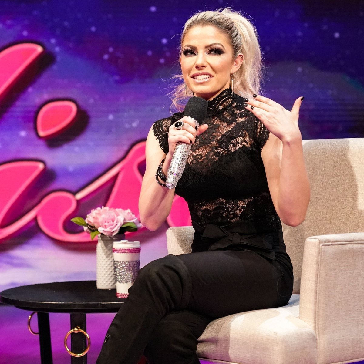 I hope @AlexaBliss_WWE and the #Blissfits had a super Saturday and I wish everybody a most #Blissful night!<br>http://pic.twitter.com/givx0GR4xd