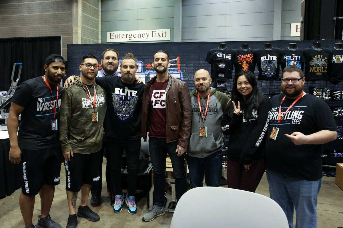 We has an insane weekend at @c2e2. Killed it. We&#39;ll be back next year. So fun meeting everyone. Any leftover Chicago exclusive tees will be available in our retail store.<br>http://pic.twitter.com/56EcWXNaug
