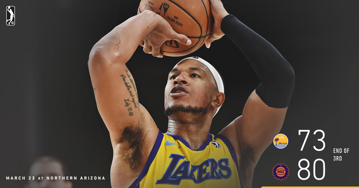 .@Tru_Harp32 is 1️⃣ of 3️⃣ South Bay players in double figures as we head to the final 12 minutes in Arizona.  💻 Facebook Live » https://on.nba.com/2WltZEd