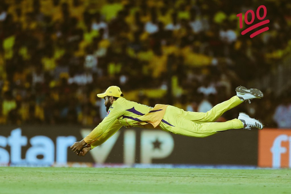 what an incredible catch by #SIRJADEJA @SirJadeja this man defenately deserves a place in world cup #determination #Devotion #incredible #Sportsmanship  , If agree with me like it and comment what you think of it 😃😃 #love @ioaindia #Patriotic 💙 #LoveForOurGame