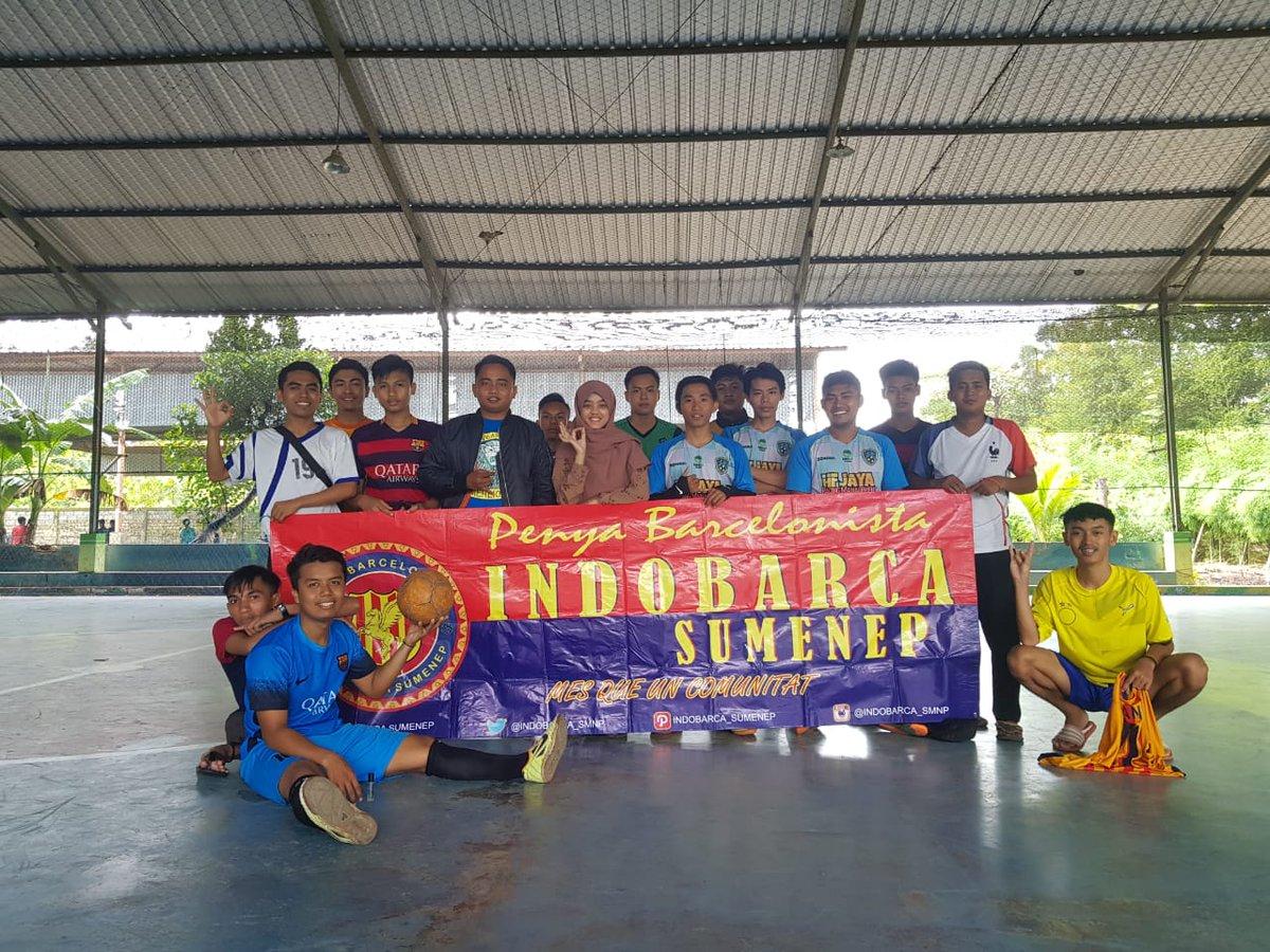 Terima kasih temen2 yg hadir di event Sparing Futsal tadi pagi 😘 serta kawan2 MANDALA FC yg sudah mau sparing futsal bareng kami 😊 terima kasih jg untuk Ibu Koor yg sudah berkenan hadir & nyemangatin kami dari pinggir lapangan ☺  #ForcaBarca #ForcaIndobarca #IndobarcaSumenep