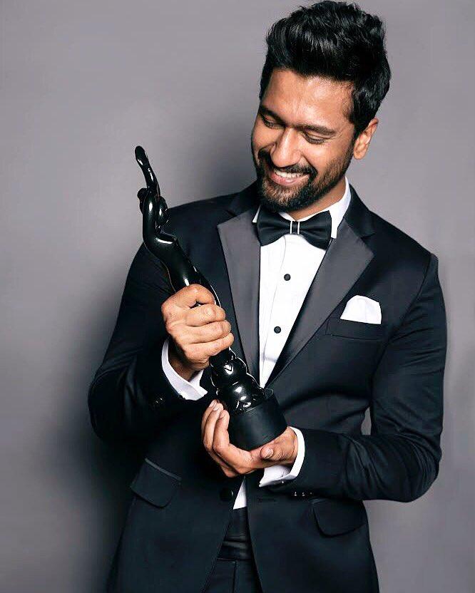 Filmfare Awards 2019 Full Show Live | Nominations & Winners List
