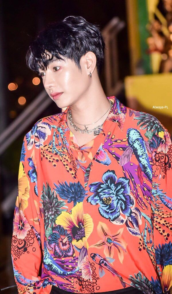 He's not only best in being artist but best in soul and spirit, my #PeckPalitchoke  #เป๊กผลิตโชค<br>http://pic.twitter.com/0vMdrDxpRJ