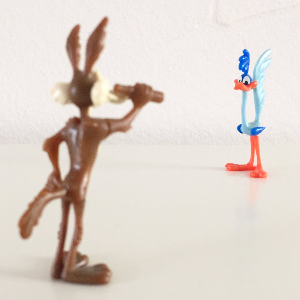 You can't always get what you want... #kindersurprise #surpriseegg #surpriseeggs #kinderegg #90stoys #kindereggs #kindersurpriseegg #toysfromthe90s #figurine #figurines #actionfigures #cartooncharacters #toys #wilecoyote #roadrunner #warnerbros #looneytunes #looneytoons