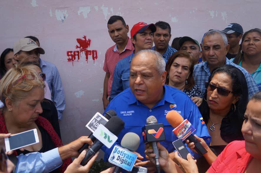 """Artículos sobre el deseo del """"exterminio de chavistas"""" por parte de seguidores de la oposición venezolana D2a6WKqX4AIcjSM"""