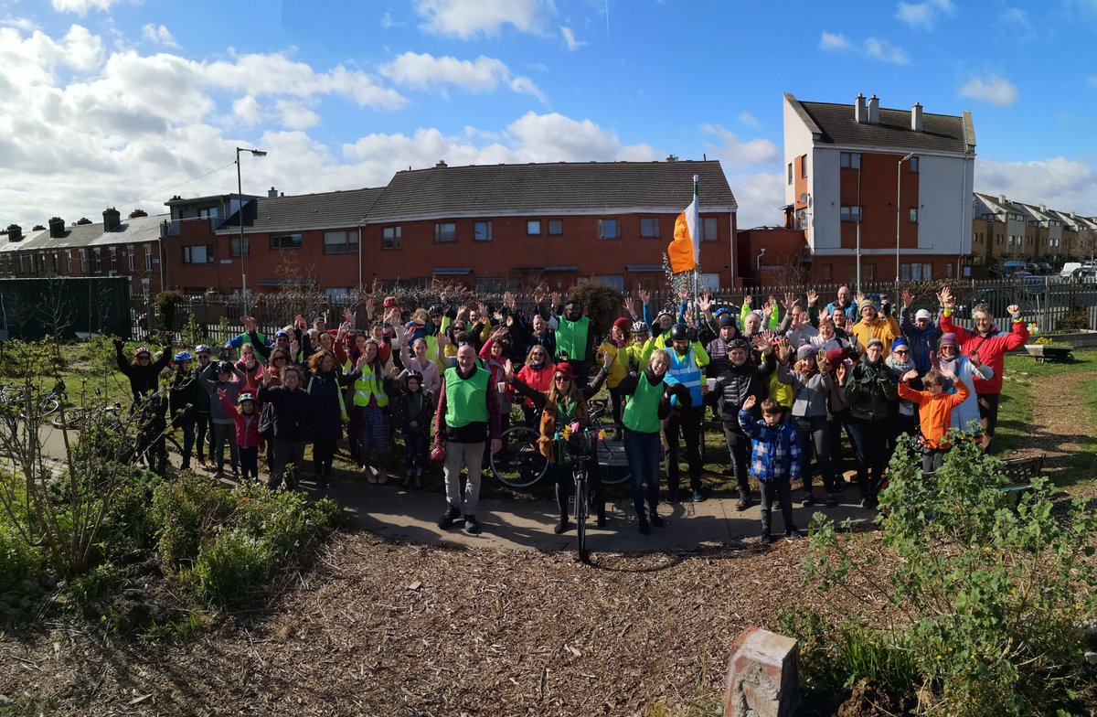 Huge turn out this morning for #pedal8