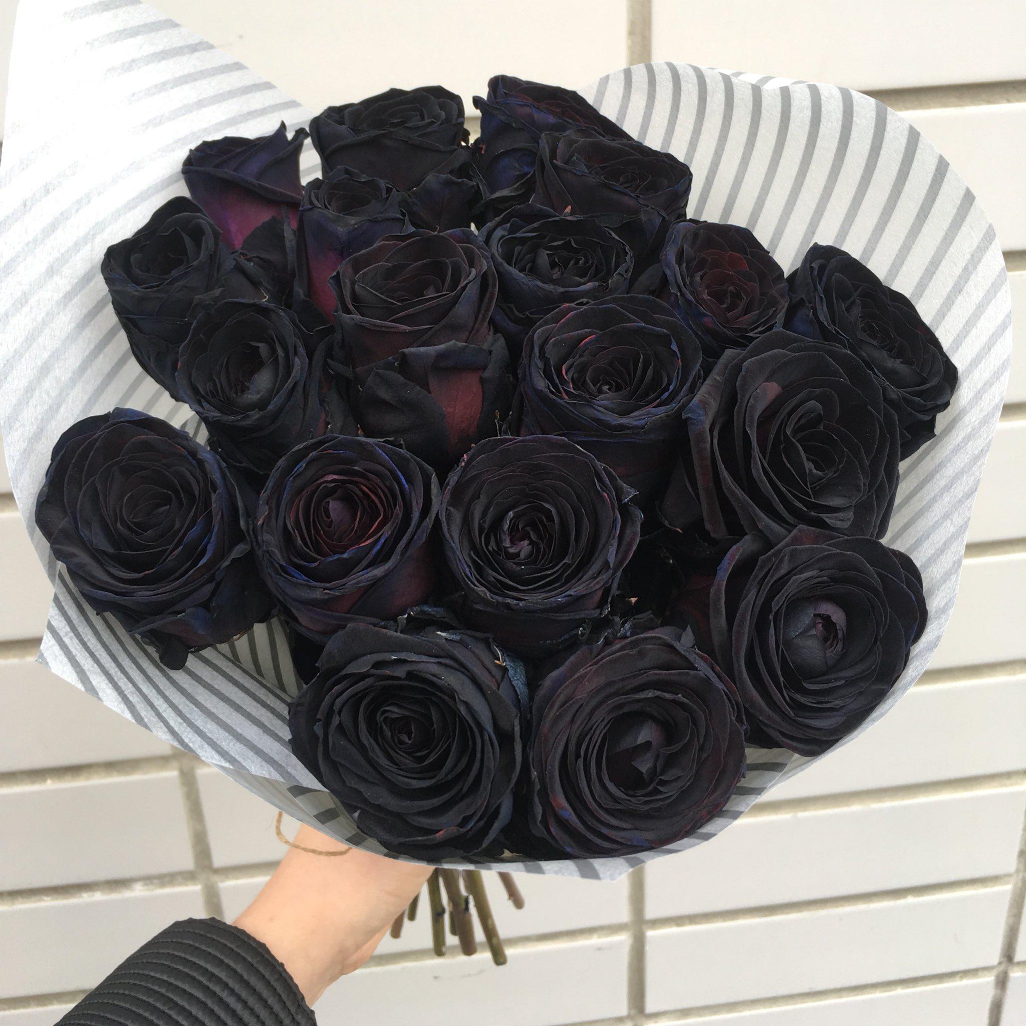 Красивые букеты роз черные, сердце тюльпанов ирисов