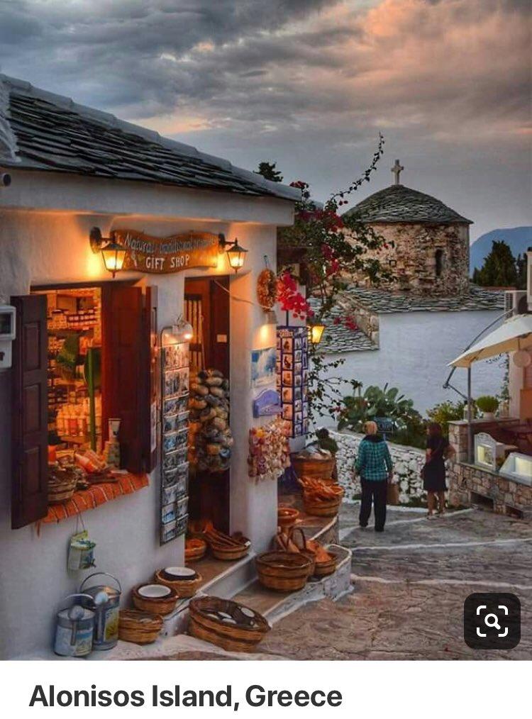 Good morning  my twitter friends #Alonisos#lSland#Sporades <br>http://pic.twitter.com/AfLLpx1Vmk