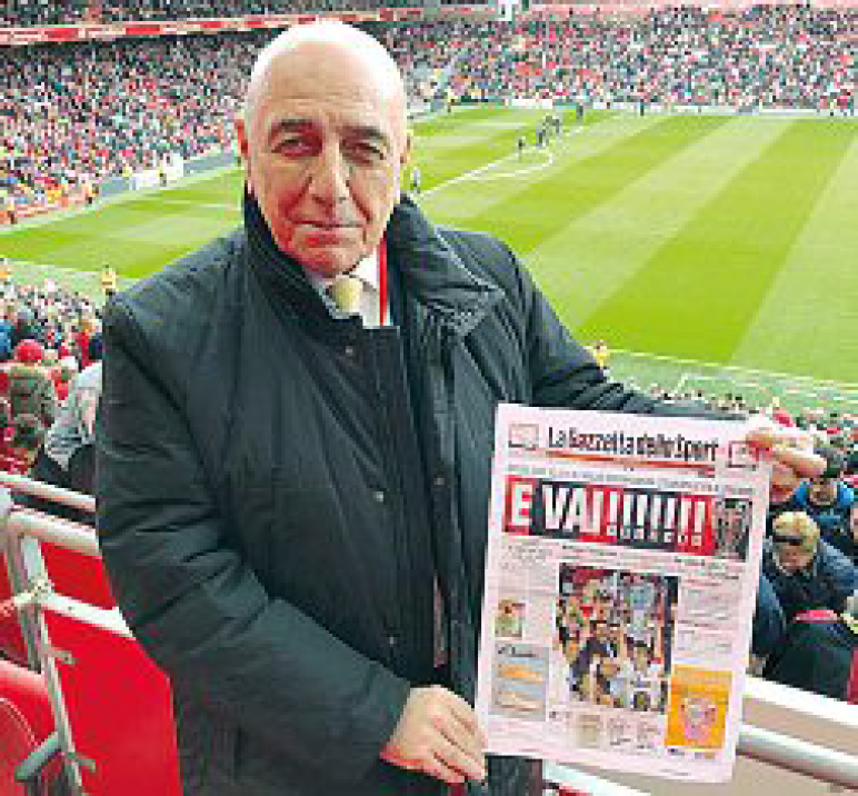 Milan Eye On Twitter Galliani At Anfield Yesterday With The Front Page Of The Gazzetta Dello Sport Edition Of May 27 2007 The Day After Milan Triumphed The 7th Cl Title Against