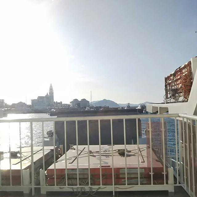 渡船場 姪浜 能古島へ 福岡市営渡船(フェリー)姪浜渡船場~能古島渡船場