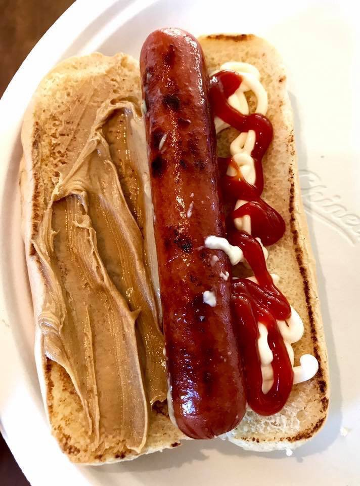 PEANUT BUTTER + MAYO HOT DOG by @realtimwilliams 🌭🌭