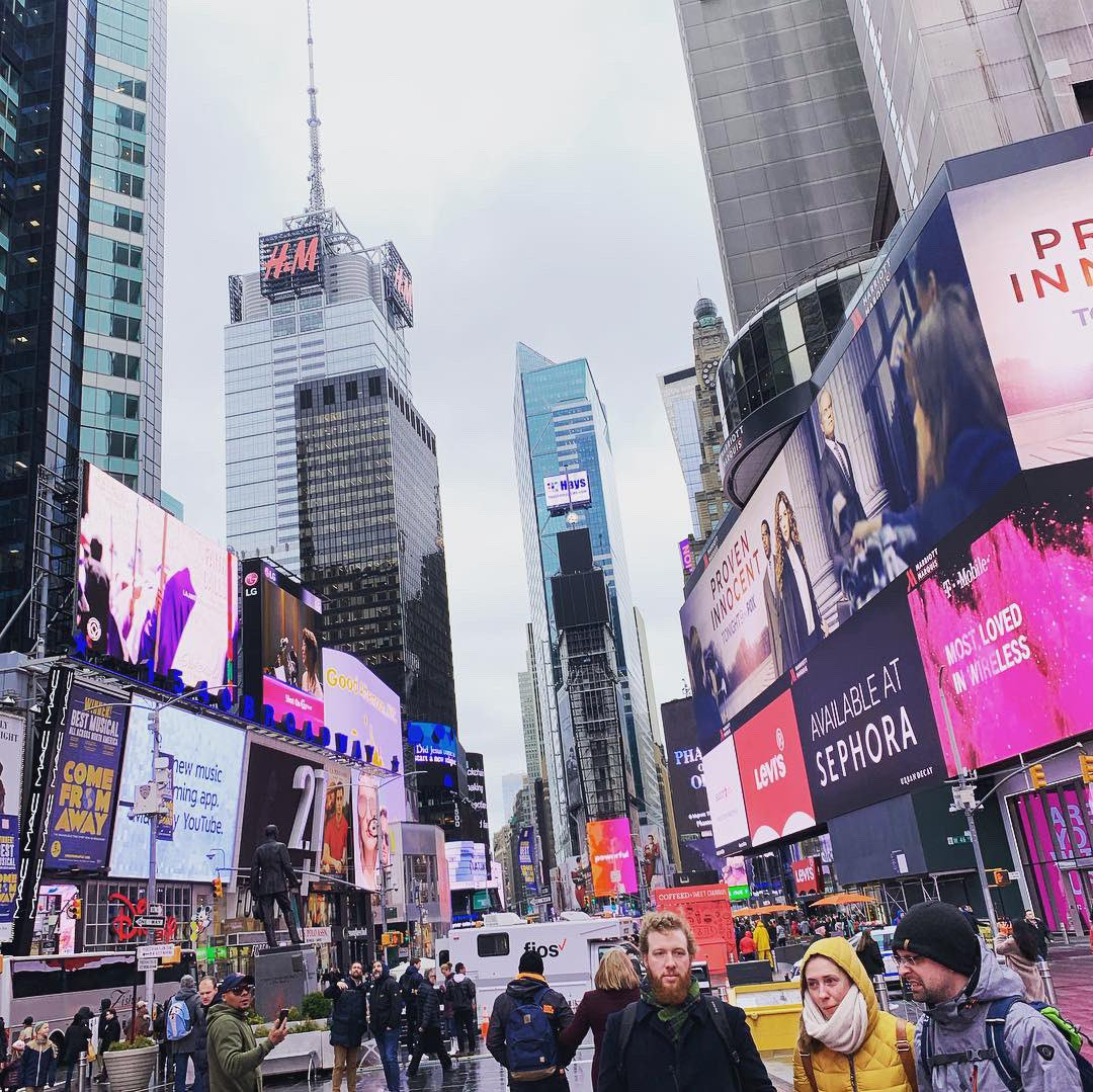 On the way home😭. Had such an amazing time in #NewYork #TimesSquare. Gonna tru and convince my mother to let me stay home from school🤞🤞