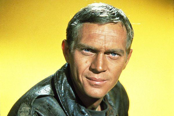 Born Today, Mar 24, in 1930, Steve McQueen -  over 40 film & tv roles incl The Great Escape, Sand Pebbles, Magnificent Seven, The Blob, Cincinnati Kid, Thomas Crown Affair, Bullitt, Nevada Smith, Papillon, Love with the Proper Stranger, Towering Inferno... http://www.classicmoviehub.com/bio/steve-mcqueen/ …