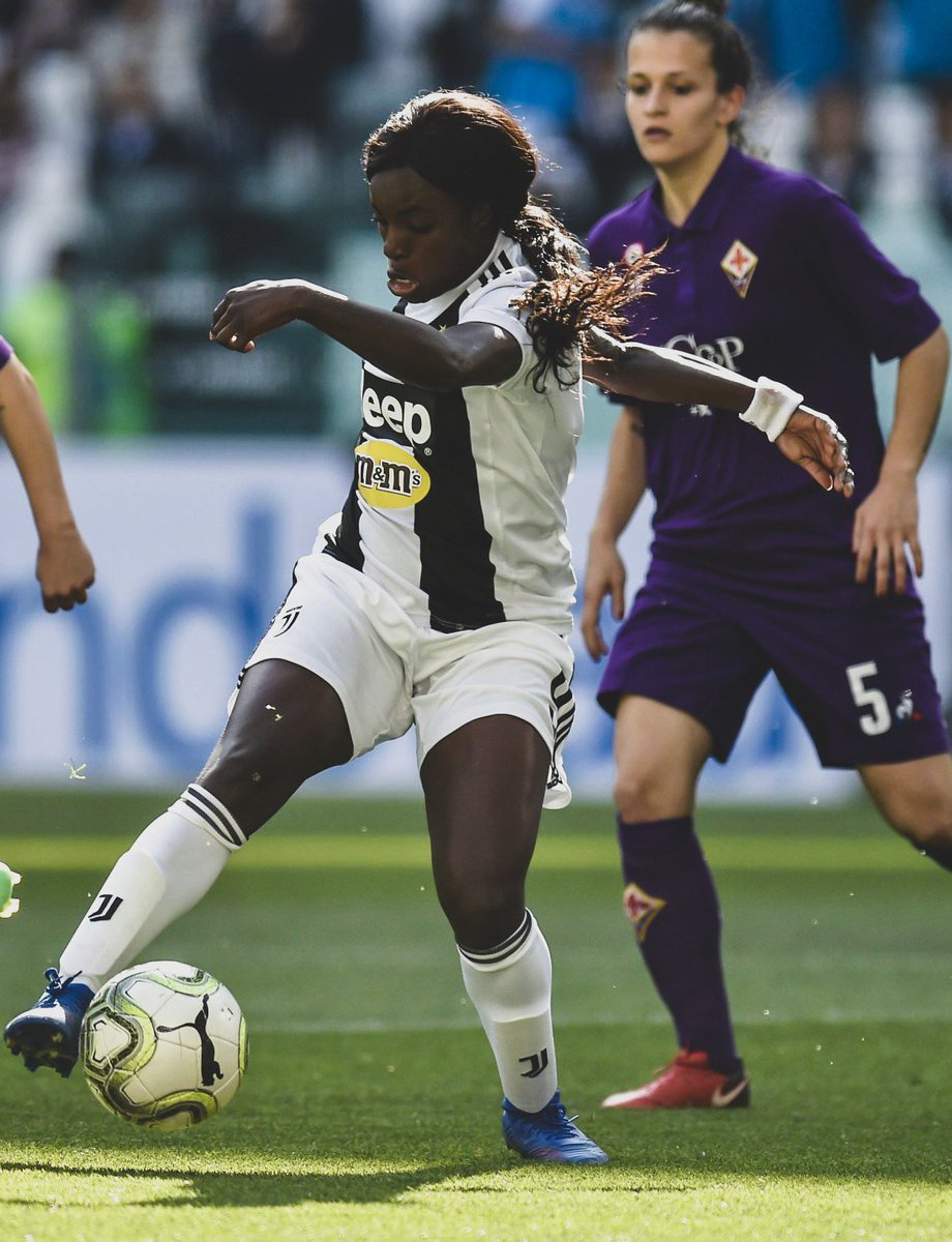 ⚽️ @JuventusFCWomen play at the Allianz Stadium for the first time ever today, against @ACF_Womens.  🏟 39,000 fans have filled the stadium, with 121 @ACF_Womens supporters in the away section...  📈 Setting a new record attendance for a Women's match in Italy.  👏 Incredible.