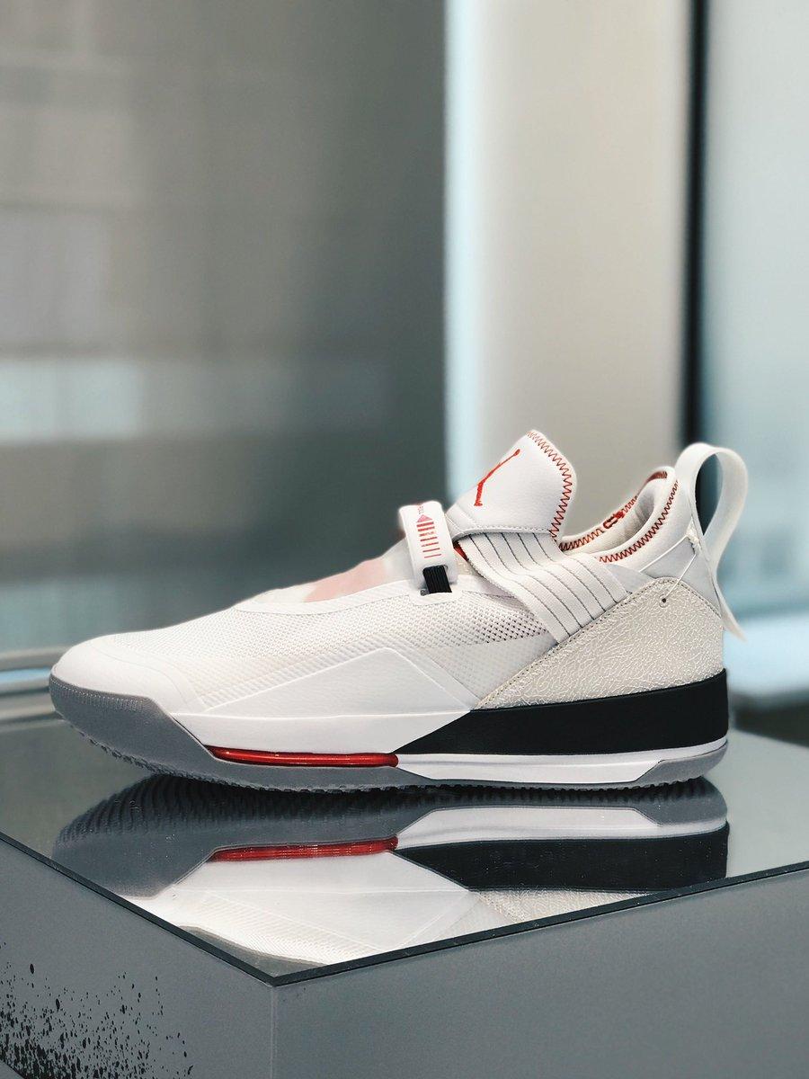 379963a94dec5d First look at the Air Jordan 33 Low. 👀 pic.twitter.com wdPgYQbV0S