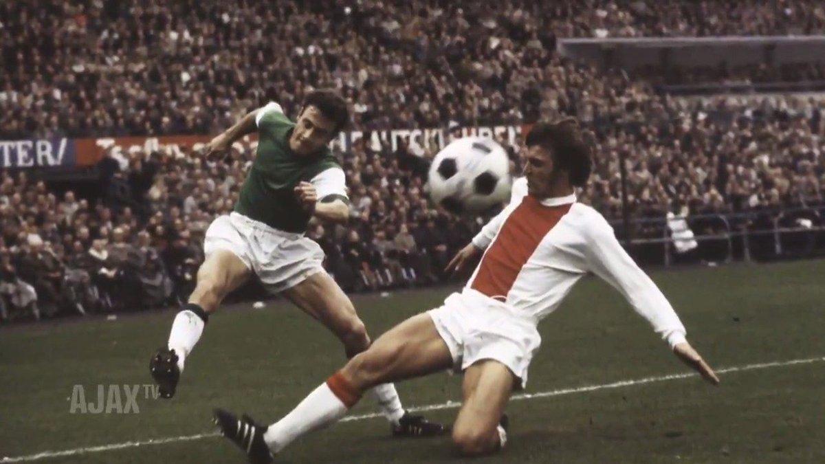 🏆🏆🏆🏆🏆🏆 x Landskampioen 🏆🏆🏆🏆 x KNVB-Beker 🏆🏆🏆 x Europa Cup I  🏆🏆 x Europese Supercup 🏆 x Wereldbeker  Ruud Krol viert zijn 70ste verjaardag! 🙏 🗂http://Ajax.ms/Krol70