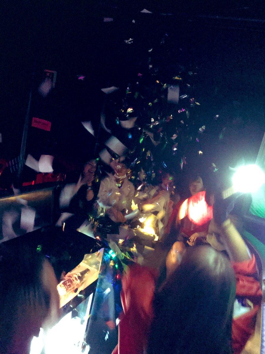 🍾🎉Thank You🎉🍾 #WARP新宿 #ワープ新宿 #新宿 #歌舞伎町 #大人の遊び場 #社交場 #新名所 #tokyo #nightlife #party #club #nightclub #japan #신주쿠 #클럽 #뮤직