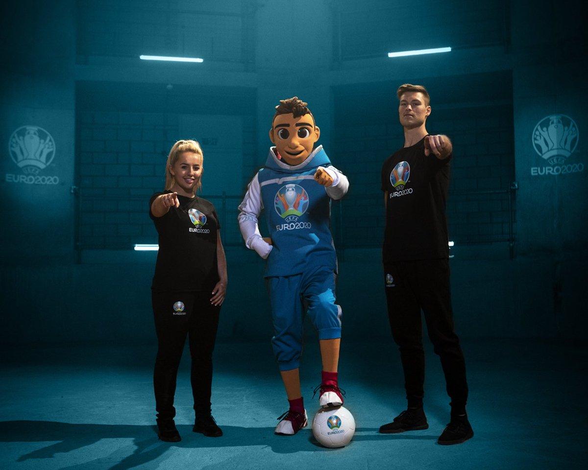 Presentación de la mascota para la Eurocopa 2020.