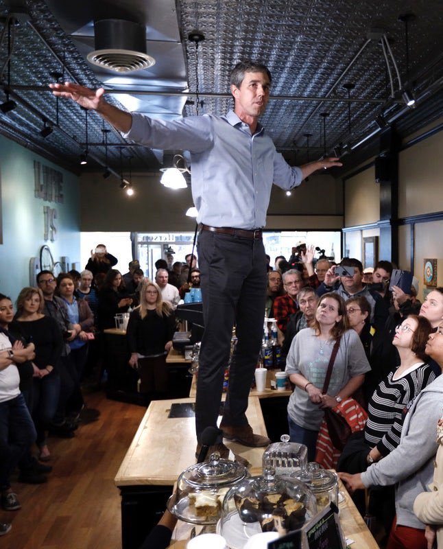 Beto O'Rourke literally owns one outfit.