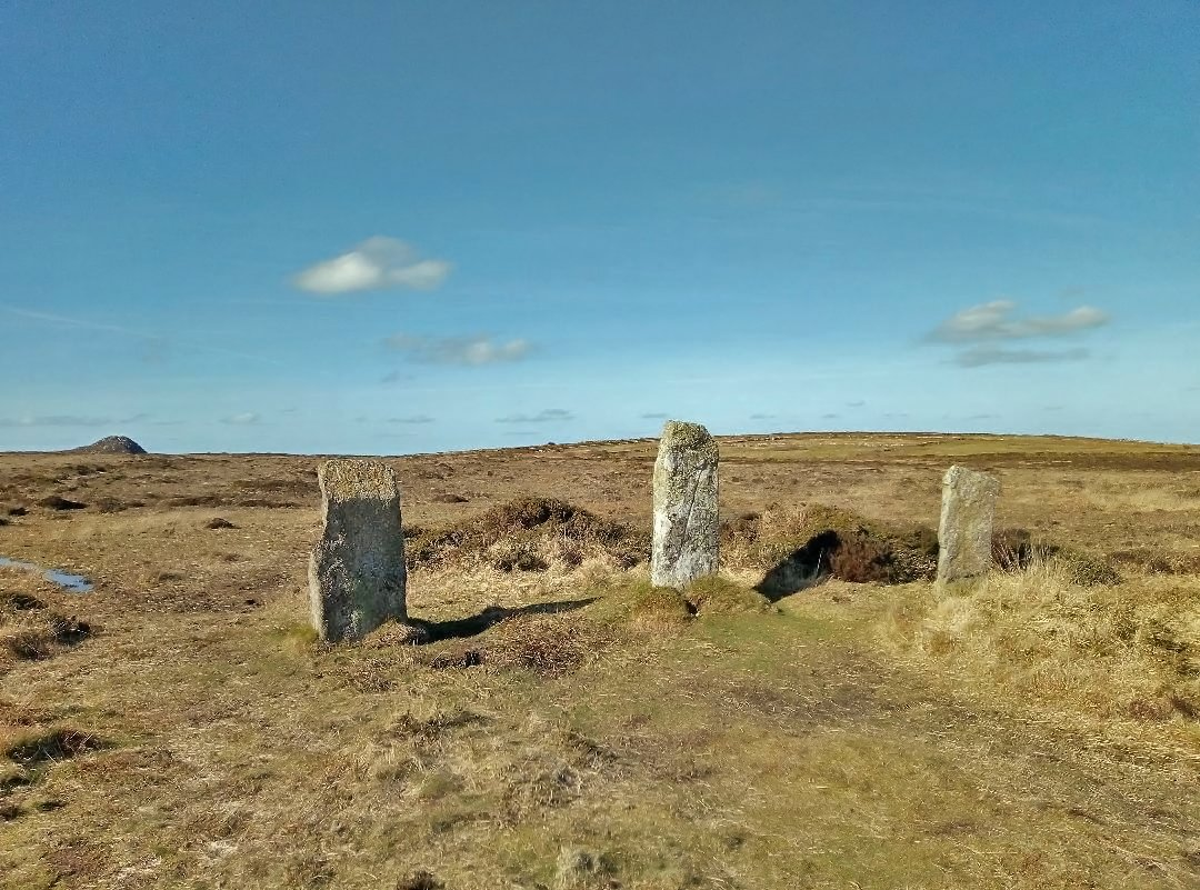 Another photo taken with my #honor7s smartphone - Nine Maidens Stone Circle and Carn Galva, Cornwall  #cornwall #stonecircle #standingstones #ancientsite