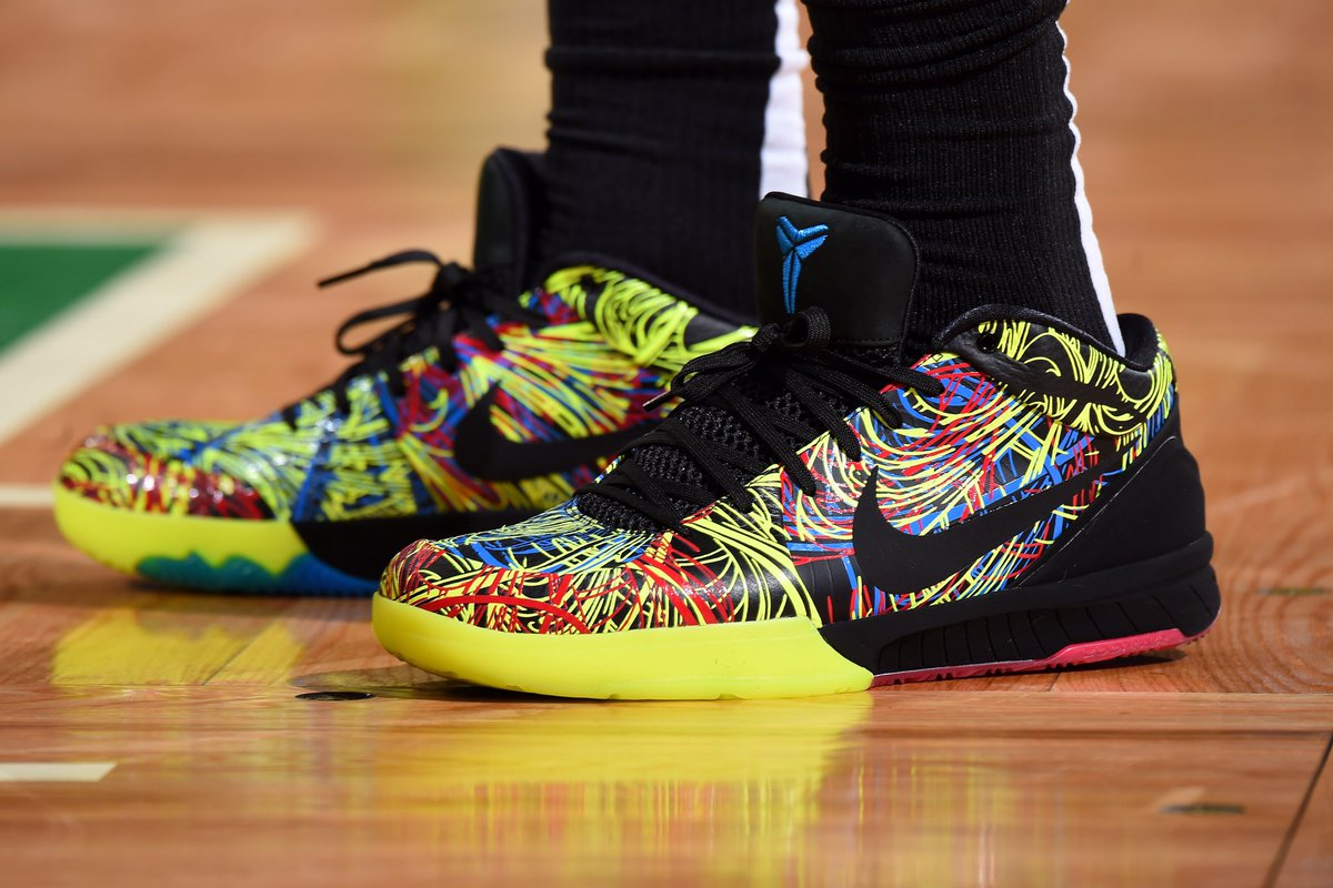 Nike Kobe 4 Protro Wizenard for @DeMar_DeRozan against Boston.