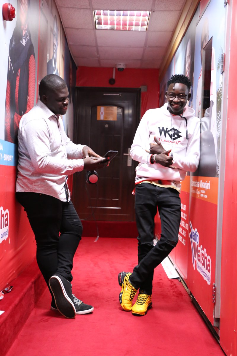 GOOD MORNING! ARE YOU READY TO START THE WEEK? #BillyNaTricky is the way to go 6-10am with @BillyMiya & @McaTricky