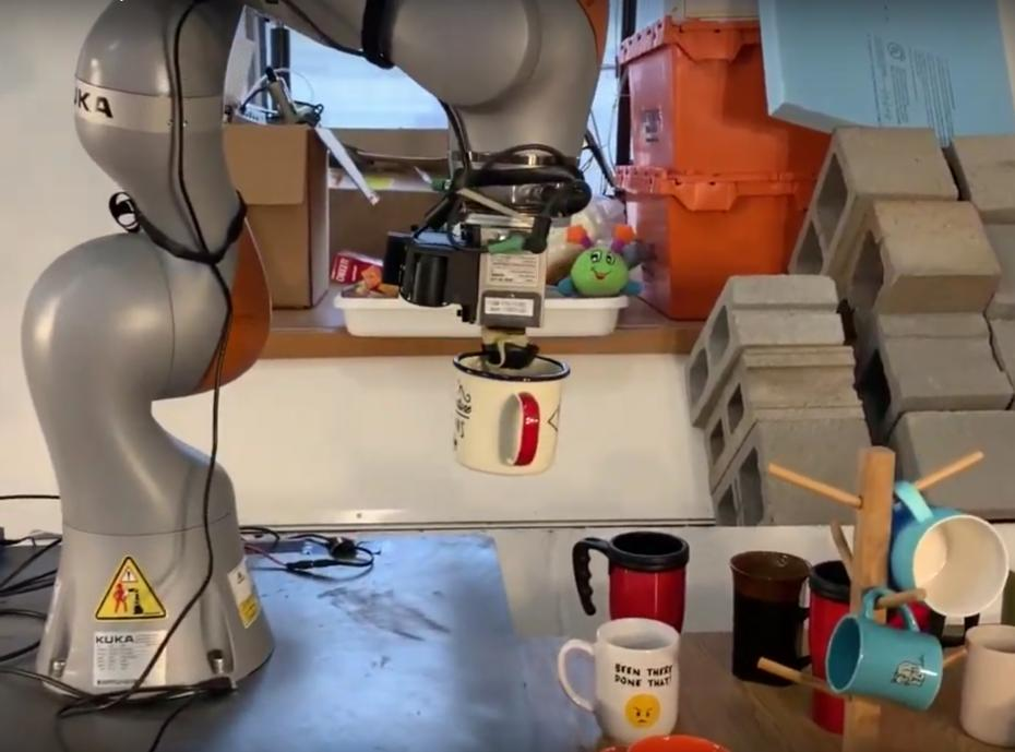 MIT Robot can pick and place objects it has never seen before | Turing Tribe https://buff.ly/2U93ep8