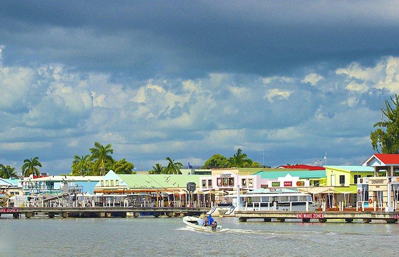 test Twitter Media - #Belize visited by filmaker, Alexandra Marguerite Cl�mentine Cousteau � Belize inspires this famous environmental activist https://t.co/aiEhrhus30
