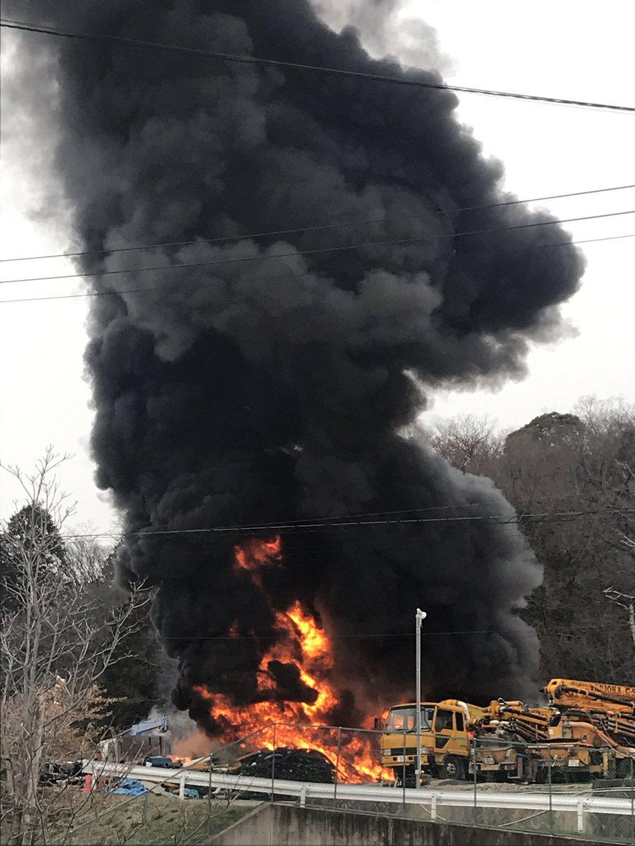 岡崎市稲熊町で火事が起きている現場画像