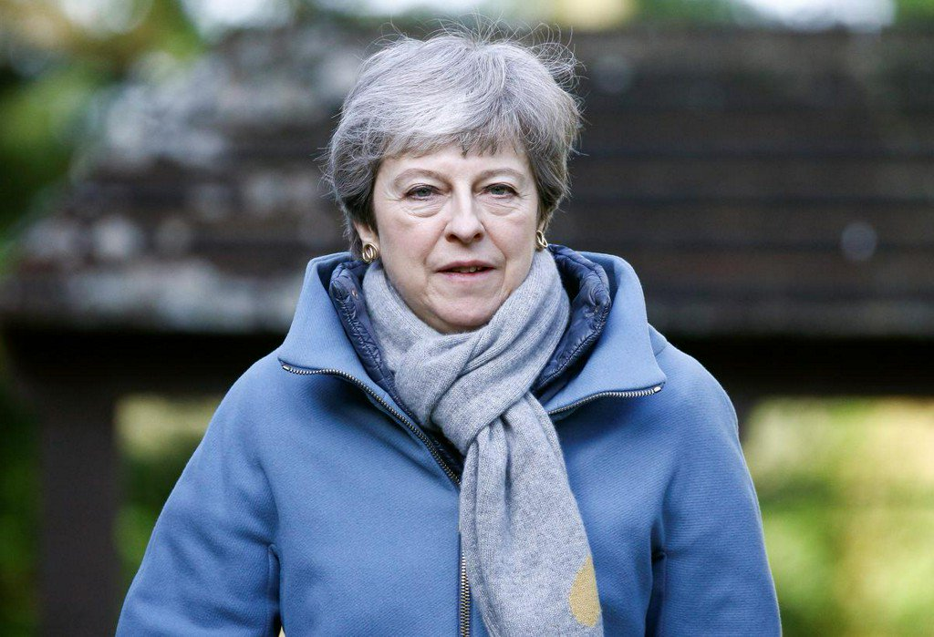 'Time's up, Theresa'? PM May urged to set her own exit date to get Brexit deal https://reut.rs/2JErivX