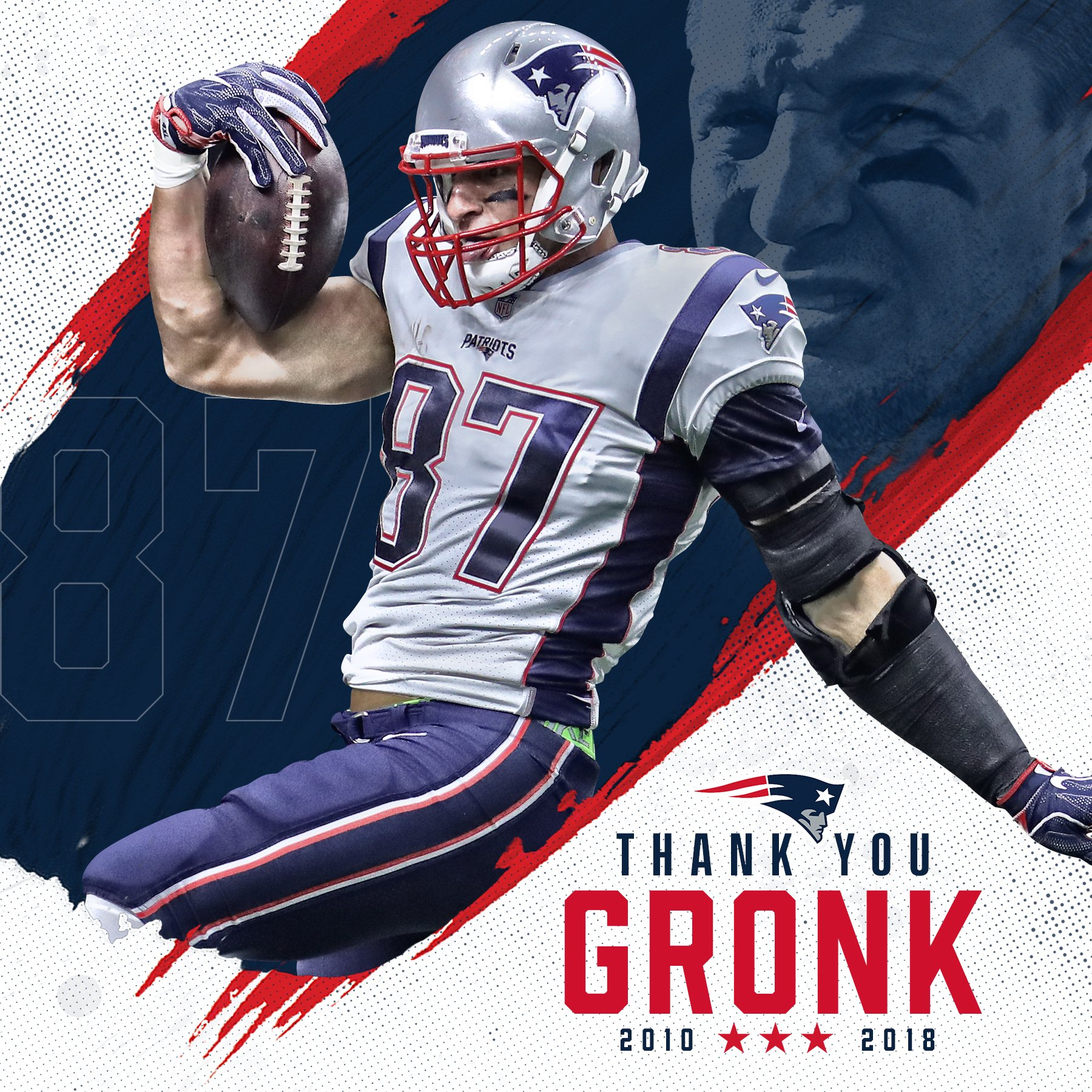 A champion on the field and off.  Thank you for everything, @RobGronkowski! https://t.co/HkSienWzVz